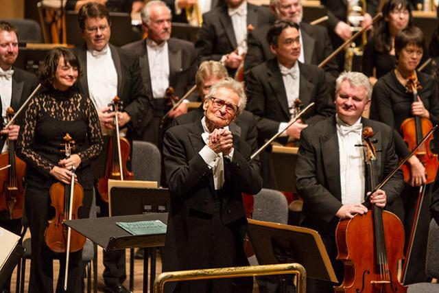 Skrowaczewski with the Minnesota Orchestra. MinnPost photo by John Whiting.