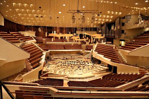 Herbert Von Karajan - Philharmonia Orchestra - Herbert Von Karajan Conducts Opera Intermezzi