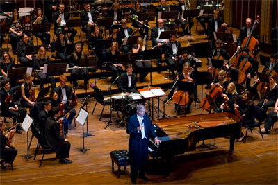 Marvin Hamlisch with the CIM Orchestra at Severance Hall, January 2011