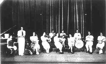 Auschwitz-Women's-Orchestra