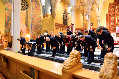 Quire-bowing