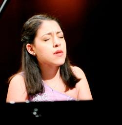 RANA-Beatrice-at-piano