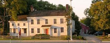 Dunham-Tavern-Facade