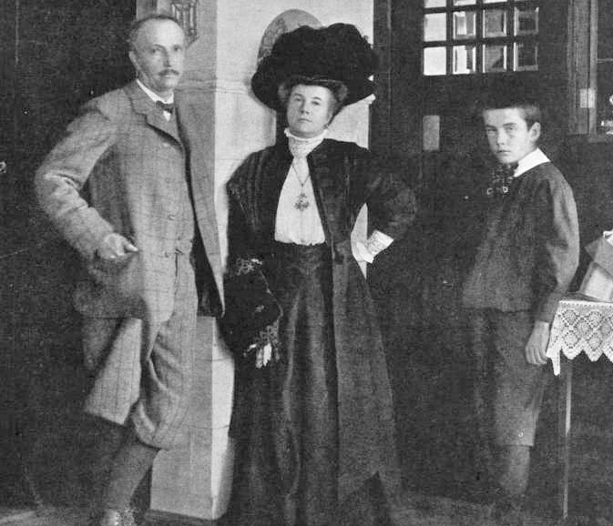 Richard-strauss-and-pauline-and-franz-1910