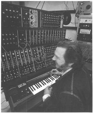 Erb-in-Electronic-Studio