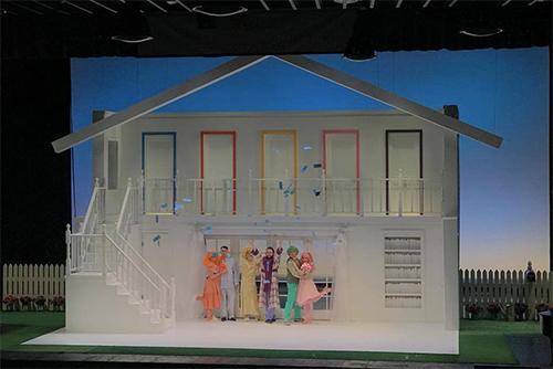 BW Doll House Set